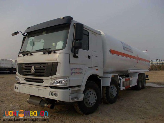 For sale 10 Wheeler Oil truck howo Sinotruk for sale