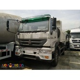 sinotruk 6 wheeler c5b huang he dump truck for sale