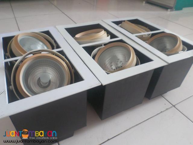 Light bulb housing phillips 220v 2ndhand