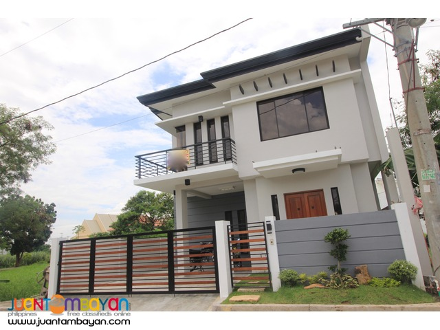 house in greenwoods pasig 10.5Millio