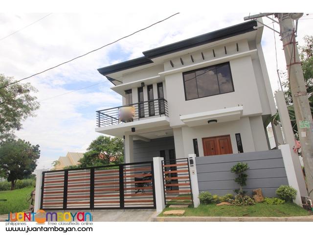 house in greenwoods pasig 10.5Millio