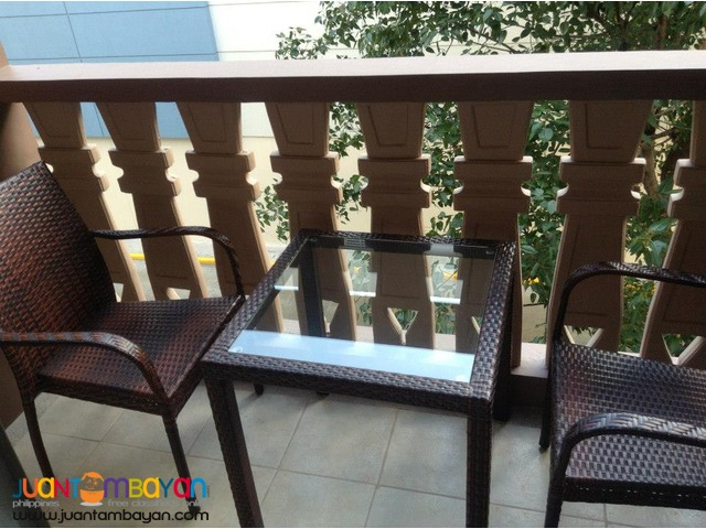2 BEDROOMS FOR SALE PINE CREST BESIDE ROBINSON'S MAGNOLIA