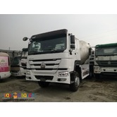 10 Wheeler Howo Mixer Truck 10 cubic sinotruk Brand New !