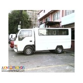 4 wheeler Howo Lt Fb Van 11ft (3tons)(23seater)