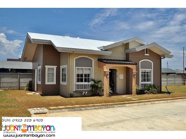 hermoso bungalow house near mactan white beaches at solare cebu