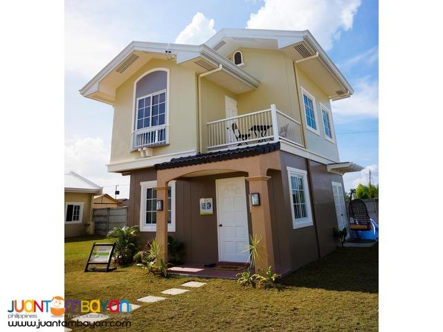 palacios grande 4br house solare mactan cebu near beaches, Maribago