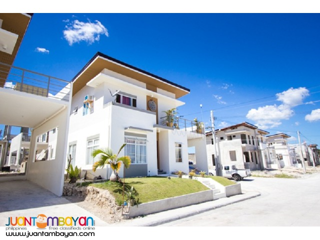 Velmiro Heights Anandi 4br single detached house Minglanilla cebu