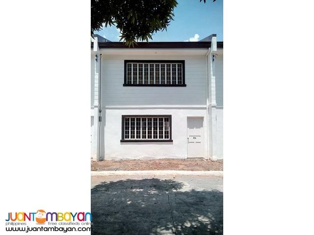 casa blanca ampid near SM san mateo TOWNHOUSE
