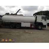 10 Wheeler HOWO Oil Truck, 371HP  (Weichai Engine) 20KL Capacity