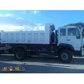 Sinotruk 12m³ 6 Wheeler C5B Huang He Dump Truck