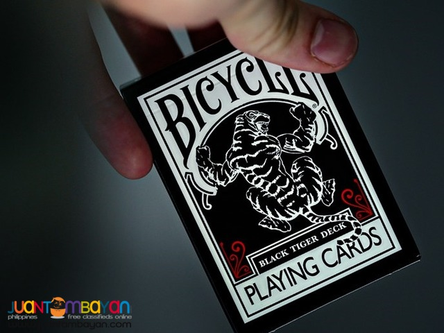 Bicycle Black Tiger UV500 Air-Flow Finish Playing Cards