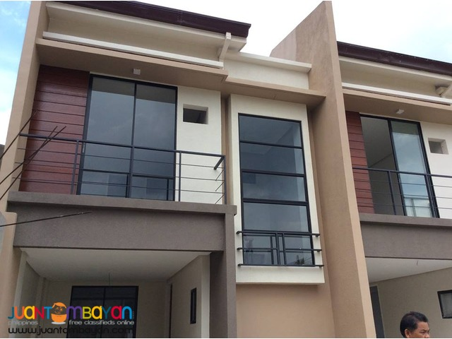 ready for occupancy spacious townhouse nearSM Seaside talisay