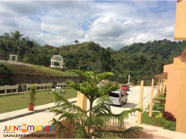 Isabela 3br Uphill Single Firewall house riverfront pit os cebu