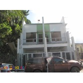 PH573 Townhouse for Sale in Fairview at 8M