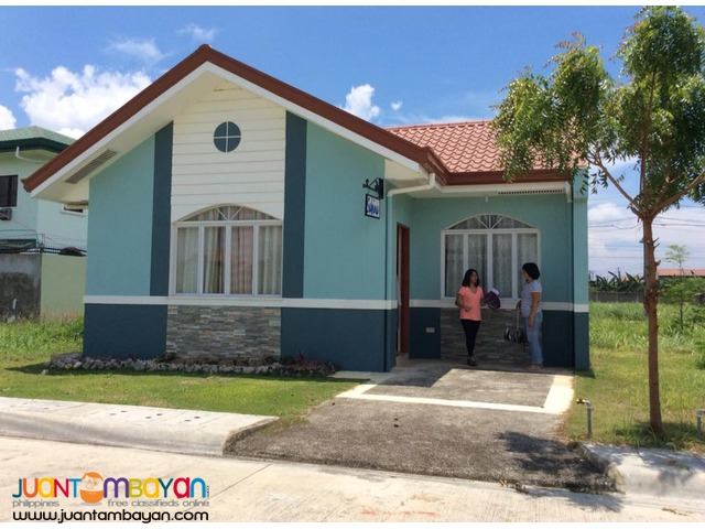 affordable bungalow House Pacific Grand Villa Sabina
