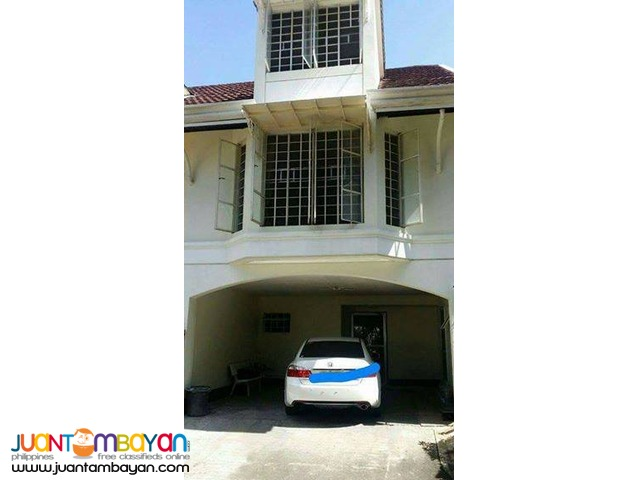 Lahug RFO House Resale Spacious rooms with 2 parking