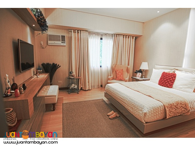 STUDIO unit taft east gate cebu business park cebu city