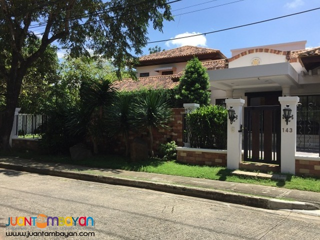 Ayala Alabang Mediteranean House for Rent 300k per month