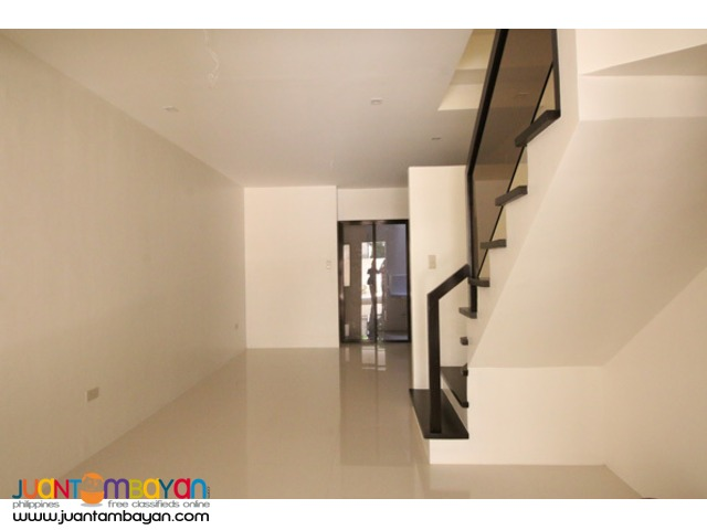 PH583 Townhouse For Sale In Project 6 at 5.5M