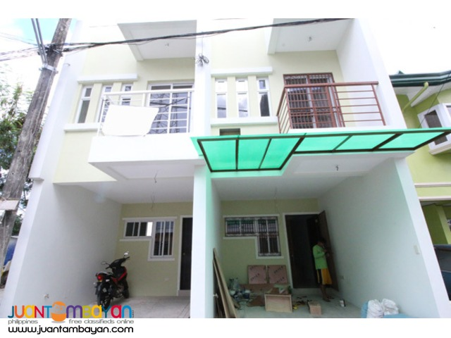 PH562 Townhouse for Sale in Tandang Sora at 3.9M