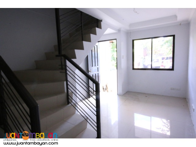 PH518 Tandang Sora Townhouse For Sale 4.8M