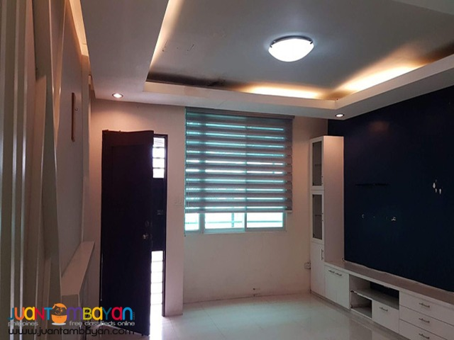 PH775 Townhouse For Sale In Tandang Sora At 8.4M