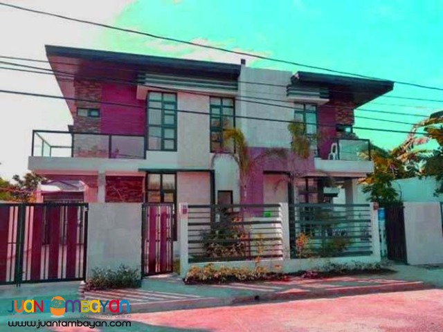 PH841 Townhouse in Tandang Sora for sale at 10.5M
