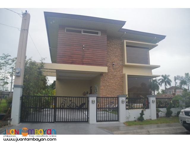 House For Sale in Lakeshore