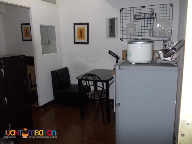 1 Br – Makati Fort Condo Apartment for Rent Bgc Edsa 11k