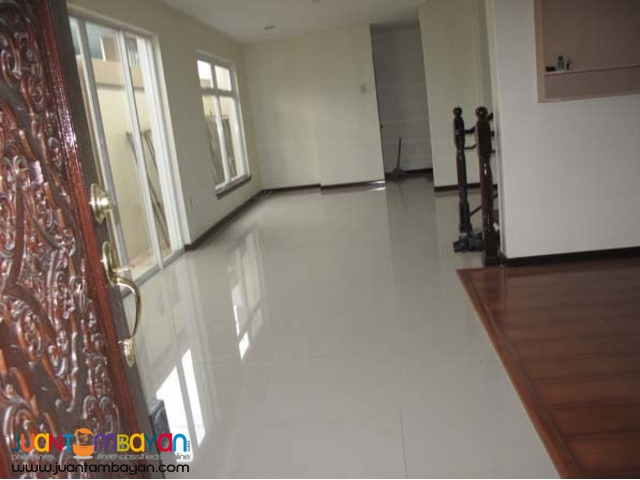 PH39 Congressional Townhouse at 11M