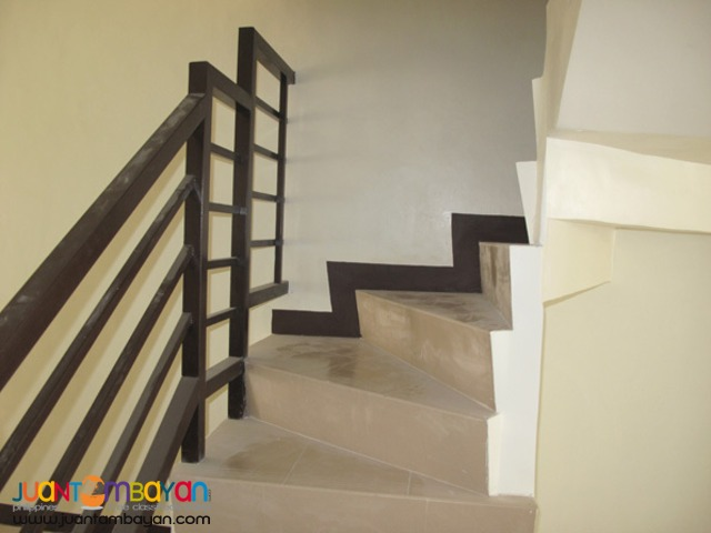 PH723 Townhouse For Sale In North Fairview At 2.930M