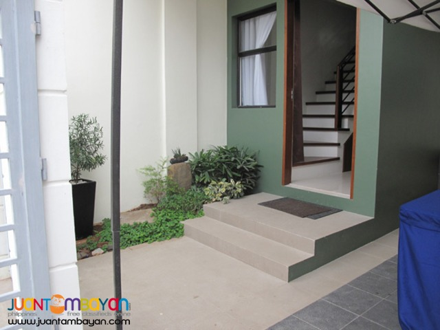 PH526 Classy Townhouse in Fairview Quezon City at 6.495M