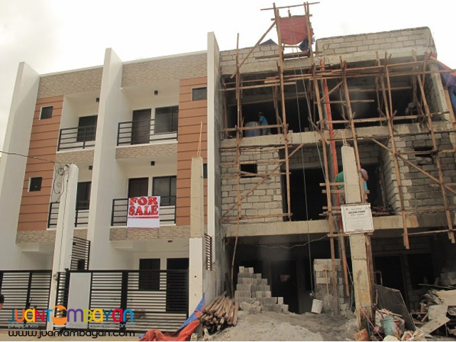 PH577 Townhouse for Sale in Fairview at 7.5M