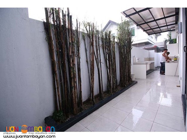 PH806 House and Lot for Sale in Fairview at 22M