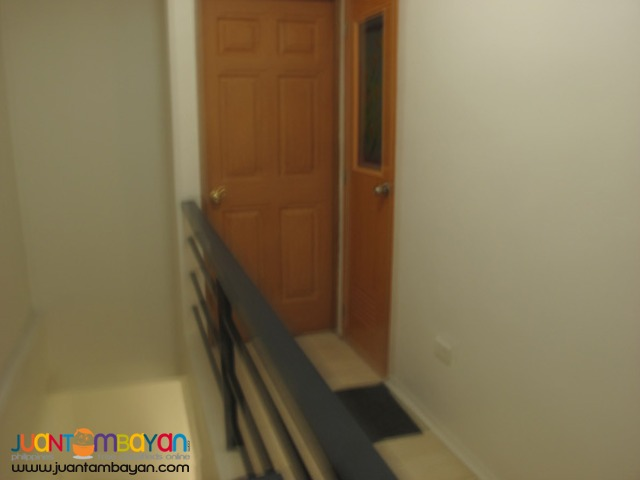 PH572 Townhouse in Rosario Pasig For Sale at 3.6M