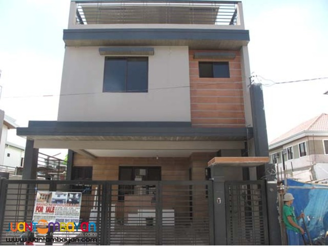 PH191 Cozy Townhouse in Pasig For Sale at 7.4M