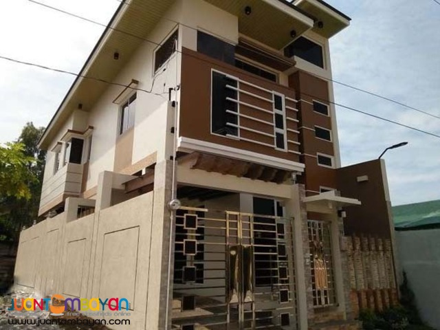 PH326 Single Detached House in Pasig City For Sale at 8M