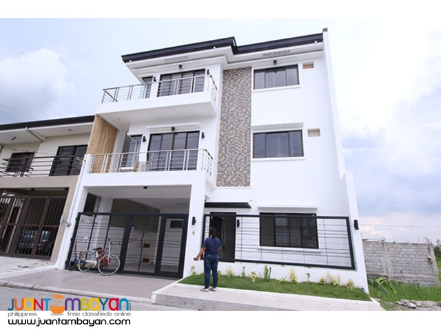 PH779 Single Attached House for Sale in Pasig at 12.8M