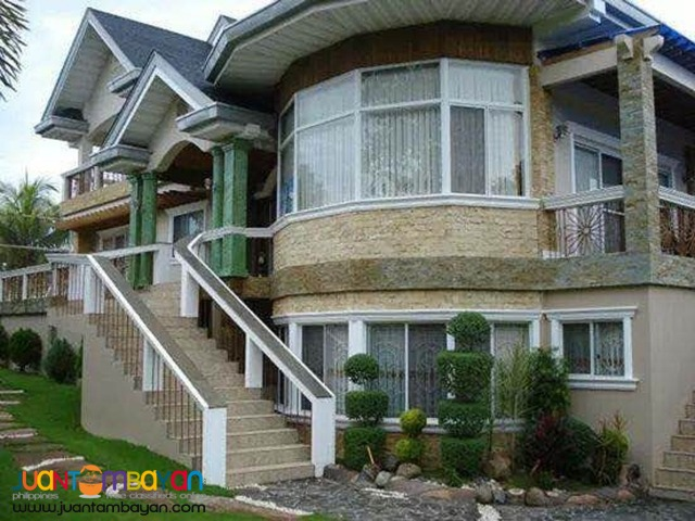 6 bedroom house with attic for sale in Bohol Philippines