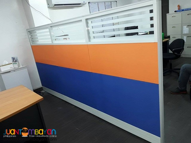 Office Partition with Stripes Design