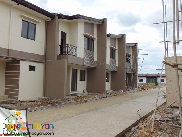 Crystal Homes 3bedroom Houe for Sale near SM SanMateo Low DP