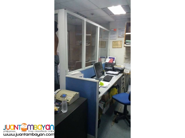 Office Costumized Partitions and Furniture