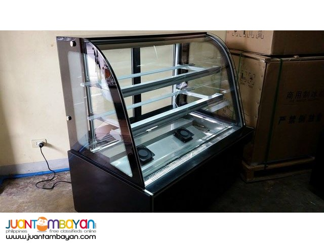 CAKE CHILLER 5 FT LONG (CURVED GLASS)