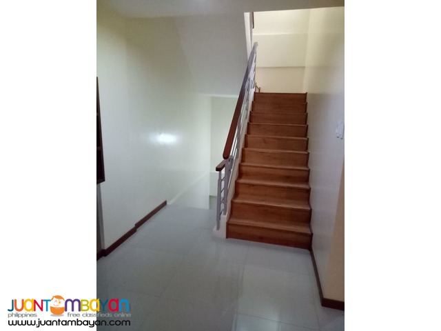 3-STOREY W/ 3BR TOWNHOUSE IN SCOUT QUEZON CITY