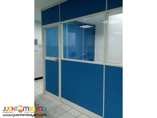 Floor to Ceiling Partition with Glass