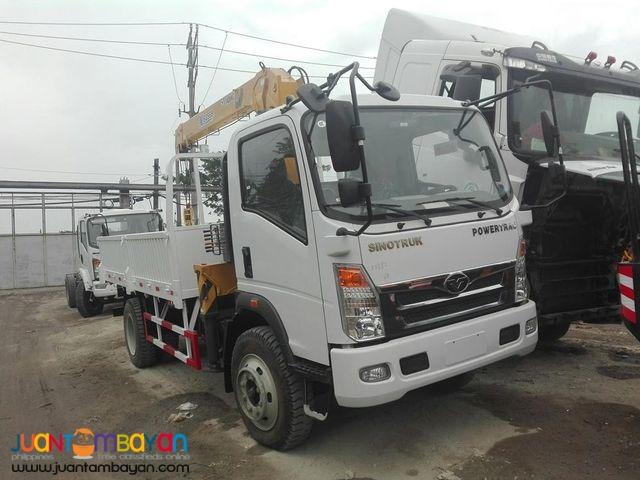 Sinotruk Homan 6 Wheeler Boom Truck 3.2Tons130HP  (Yuchai)