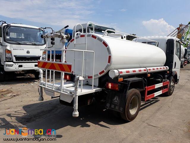Euro IV HOMAN H3 Water Truck 4KL 6 Wheeler Sinotruk