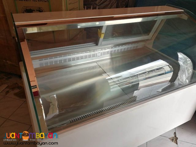 DISPLAY CHILLER (CURVED TYPE)