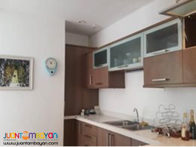 4Bedroom House with Pool for Sale in Maria Luisa Banilad