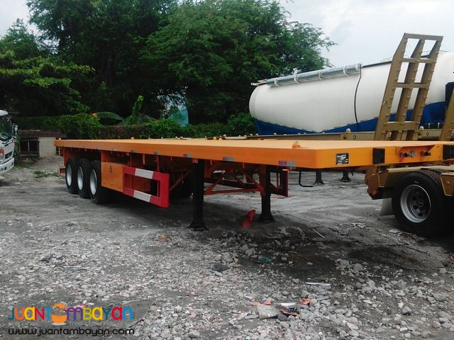 TRI AXLE FLATBED SEMI TRAILER